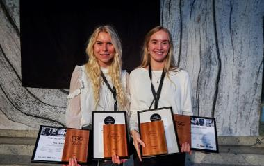 The winners from FSC Design Award, Emma Bukhave Vidarsson and Anna Ohmsen, will attend the FSC Design Award exhibition. Press photo.